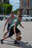 Tyumen. Basquetebol da rua Foto de Stock Royalty Free