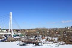 Tyumen Brücke von Liebhabern Tura-Fluss Sibirien, Russland lizenzfreie stockfotografie