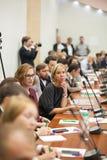 Tyumen, Rusland, 09 07 2016 Forum van innovatieve technologie?n Communicatie wetenschappers, politici en zakenlieden stock fotografie