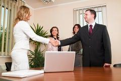 uścisk dłoni biznesowi ludzie Fotografia Royalty Free
