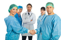 uścisk dłoni chirurdzy Zdjęcia Royalty Free