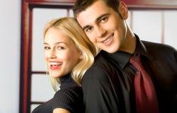 uśmiechnięci młodych par Zdjęcia Royalty Free