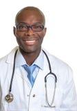 Uśmiechnięta afrykanin lekarka Zdjęcie Stock