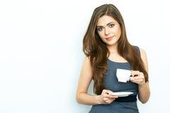 Uśmiechnięta Biznesowej kobiety chwyta bielu filiżanka Biznesowej kobiety d Obraz Royalty Free