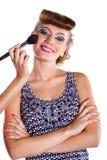 Uśmiechnięta dziewczyna z makijażem i manicure'em obraz stock