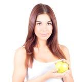 Uśmiechnięta kobieta trzyma jabłka z białymi zębami zdrowa żywność Fotografia Royalty Free