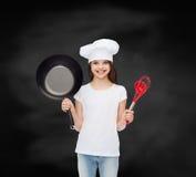 Uśmiechnięta mała dziewczynka w białej pustej koszulce Obraz Stock