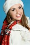 uśmiechnięta nastoletnia zima Zdjęcia Royalty Free