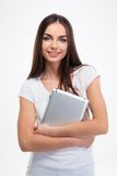 Uśmiechnięty ładny kobiety mienia pastylki komputer Zdjęcie Royalty Free