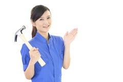 Uśmiechnięty żeński pracownik Zdjęcie Stock