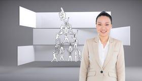 Uśmiechnięty azjatykci bizneswomanu odprowadzenie Fotografia Stock