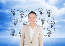 Uśmiechnięty azjatykci bizneswomanu odprowadzenie Obraz Royalty Free