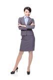 Uśmiechnięty biznesowej kobiety krzyż ona ręki Obraz Stock