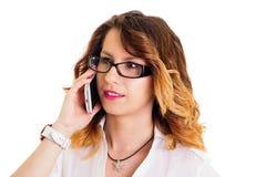 Uśmiechnięty bizneswoman z smartphone Obraz Royalty Free