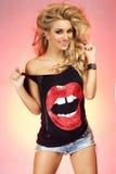 Uśmiechnięty blondynki piękno Zdjęcie Royalty Free