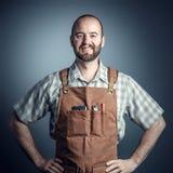 Uśmiechnięty drewniany pracownik fotografia stock