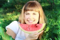 uśmiechnięty dziewczyna arbuz Obraz Royalty Free