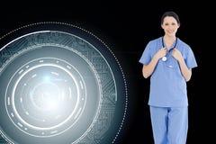 Uśmiechnięty medyczny stażysta jest ubranym błękitnego shortsleeve mundur Zdjęcie Royalty Free