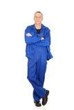 Uśmiechnięty repairman z fałdowymi rękami Zdjęcie Stock
