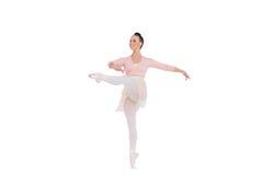 Uśmiechnięty wspaniały baleriny przędzalnictwo na jeden nodze obraz royalty free
