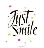 uśmiechnij się Wręcza patroszoną wektorową kaligraficzną szyldową Inspiracyjną wycena sztukę Wektorowa literowanie ilustracja dla Zdjęcie Stock