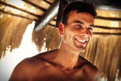 Uśmiechu mężczyzna piękny model Lato samiec piękno obrazy stock
