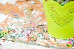 Używać farby paleta, akwarele, muśnięcie - sztuki lekcja obrazy royalty free