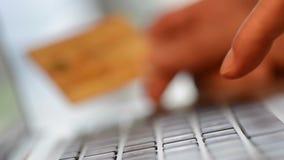 Używać Kredytowe kart transakcje finansowe Online zbiory
