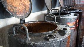 Używać olej do smażenia zbiorniki fotografia stock