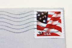 używając znaczka pocztowego Zdjęcia Royalty Free