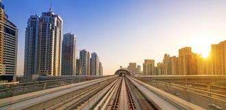 U-Bahn-Linie in Dubai Stockfotografie