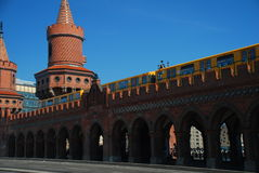 U Bahn train on the Oberbaum bridge, Berlin Stock Photos