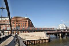 U-Bahnfahrt in Hamburg Stockfoto