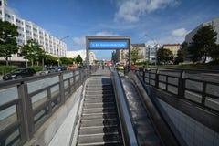 U-Bahnstation Reinickendorfer-Straße in der Berlin-Hochzeit, Deutschland Lizenzfreie Stockfotos