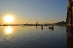 U Bein桥梁在Amarapura,曼德勒,缅甸 免版税图库摄影