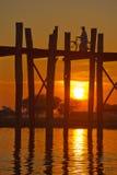 U Bein brug, Mandalay, Myanmar Stock Foto's