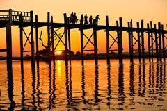 U bein overbrugt Amarapura, Mandalay, Myanmar. Stock Foto