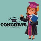 U deed het congrats klasse van de vlakke affiche van 2019 Gelukkige glimlachende professor in toga en GLB die zich met diploma'sv Stock Foto