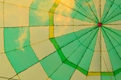 U KUNT DE HITTE VAN DE VLAM IN DEZE HETE LUCHTballon ZIEN Stock Foto