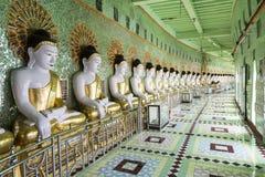 U Min Thonze galerij van zitting Buddhas Royalty-vrije Stock Foto