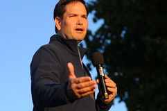 U S Ο γερουσιαστής Marco Rubio, δημοκρατικό της Φλώριδας, μιλά στο Μπέντφορντ, Νιού Χάμσαιρ στις 6 Οκτωβρίου 2015 στοκ φωτογραφίες