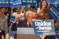 U S Ралли шлифовальных приборов Bernie человек, метящий в президенты Стоковое Изображение RF
