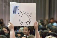 U S Ралли шлифовальных приборов Bernie человек, метящий в президенты Стоковые Изображения