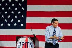 U S 特德Cruz,得克萨斯的共和党人参议员,在奈士阿,新罕布什尔,美国讲话, 2015年4月18日 图库摄影