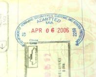 U.S. Aduanas y sello del pasaporte de la inmigración Imagenes de archivo