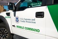 U S Aduanas y vehículo de la patrulla fronteriza Fotografía de archivo libre de regalías