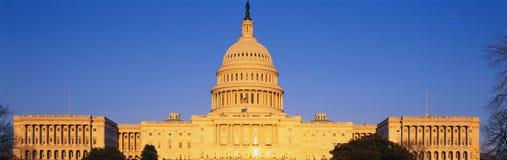 U.S. Capitol przy zmierzchem Fotografia Stock