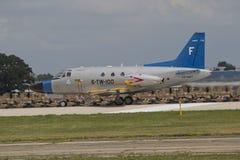 U.S. Del blu marino dell'aereo da caccia dell'intestazione pista giù Immagine Stock Libera da Diritti
