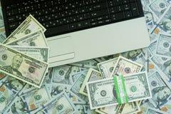U S Dollar Viele Banknoten Stockbild