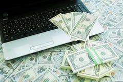U S Dollari Lotti delle banconote Immagine Stock Libera da Diritti
